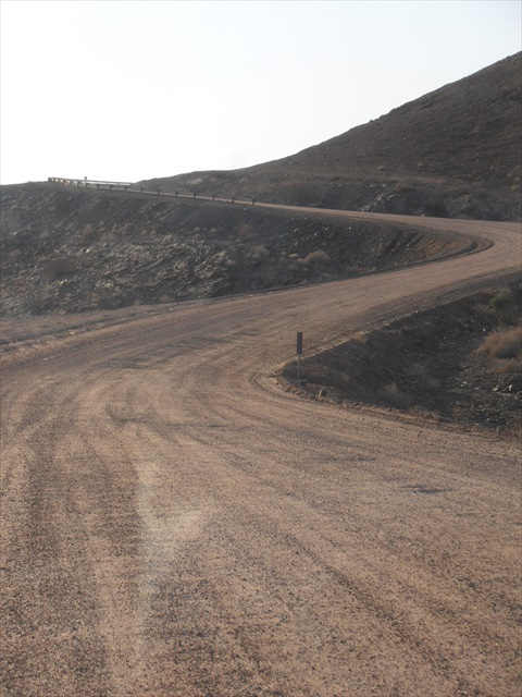 Winding road up the Kuiseb Pass