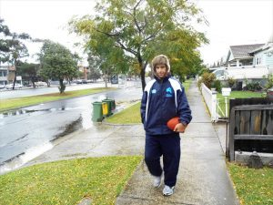 20130516_01_matt-walking-thru-outer-suburbs-of-melb
